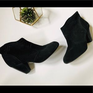 Jessica Simpson Black Suede Booties Size 8